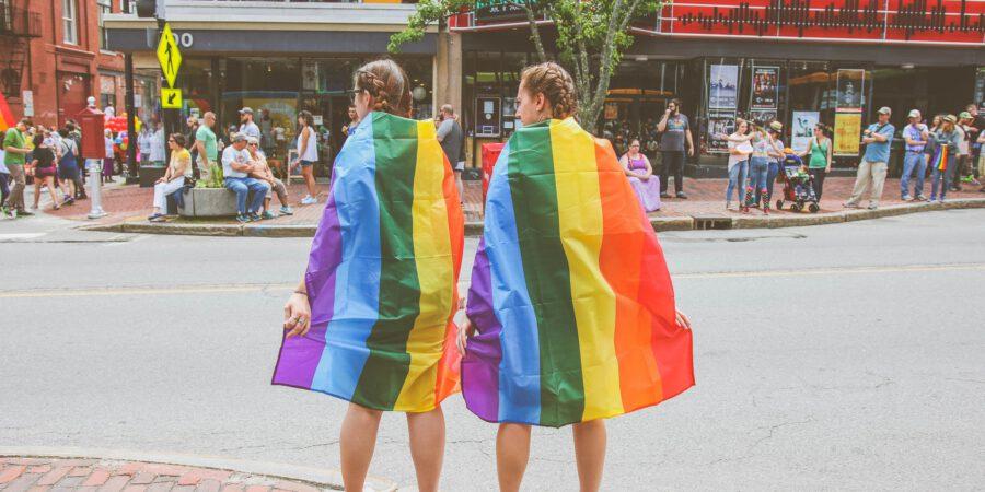 Guias de viagem para a comunidade LGBTQ+ são lançados pela ILGTA